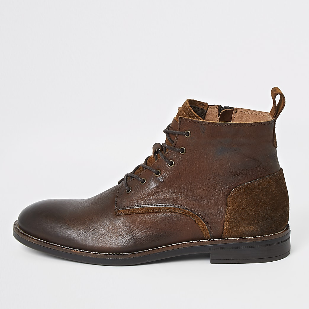 Bottines chukka en cuir marron à lacets