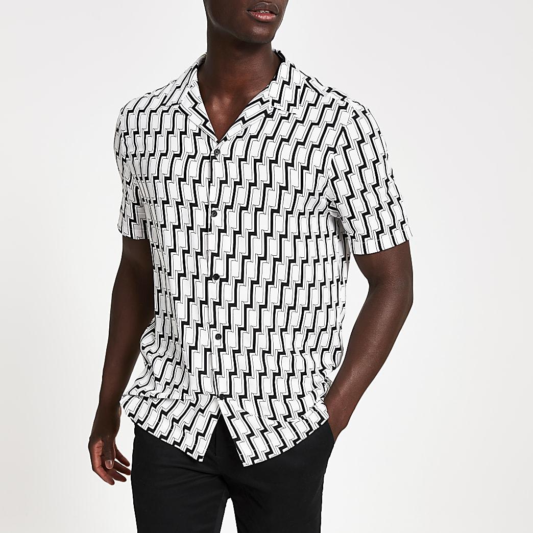 Black slim fit geo print short sleeve shirt