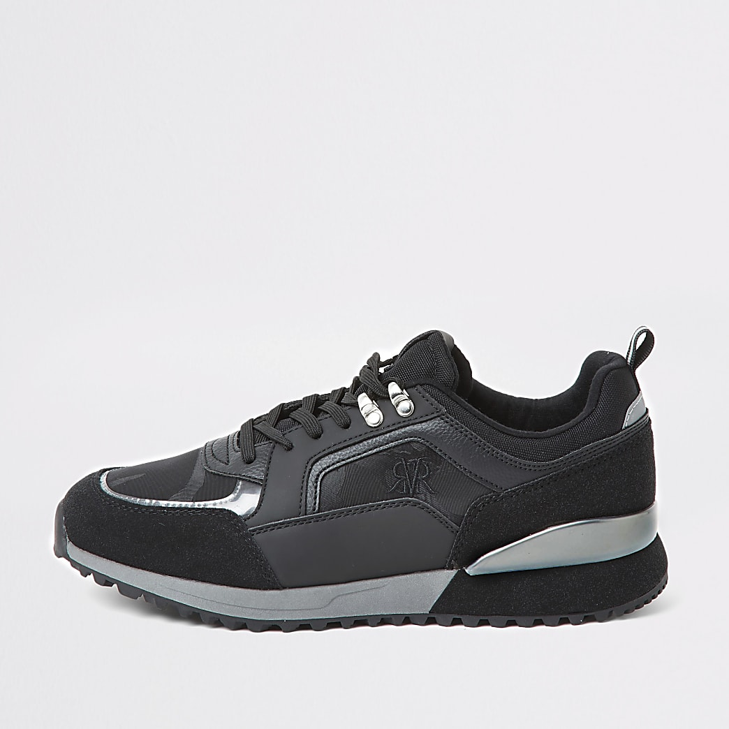 Black camo RVR runner trainers