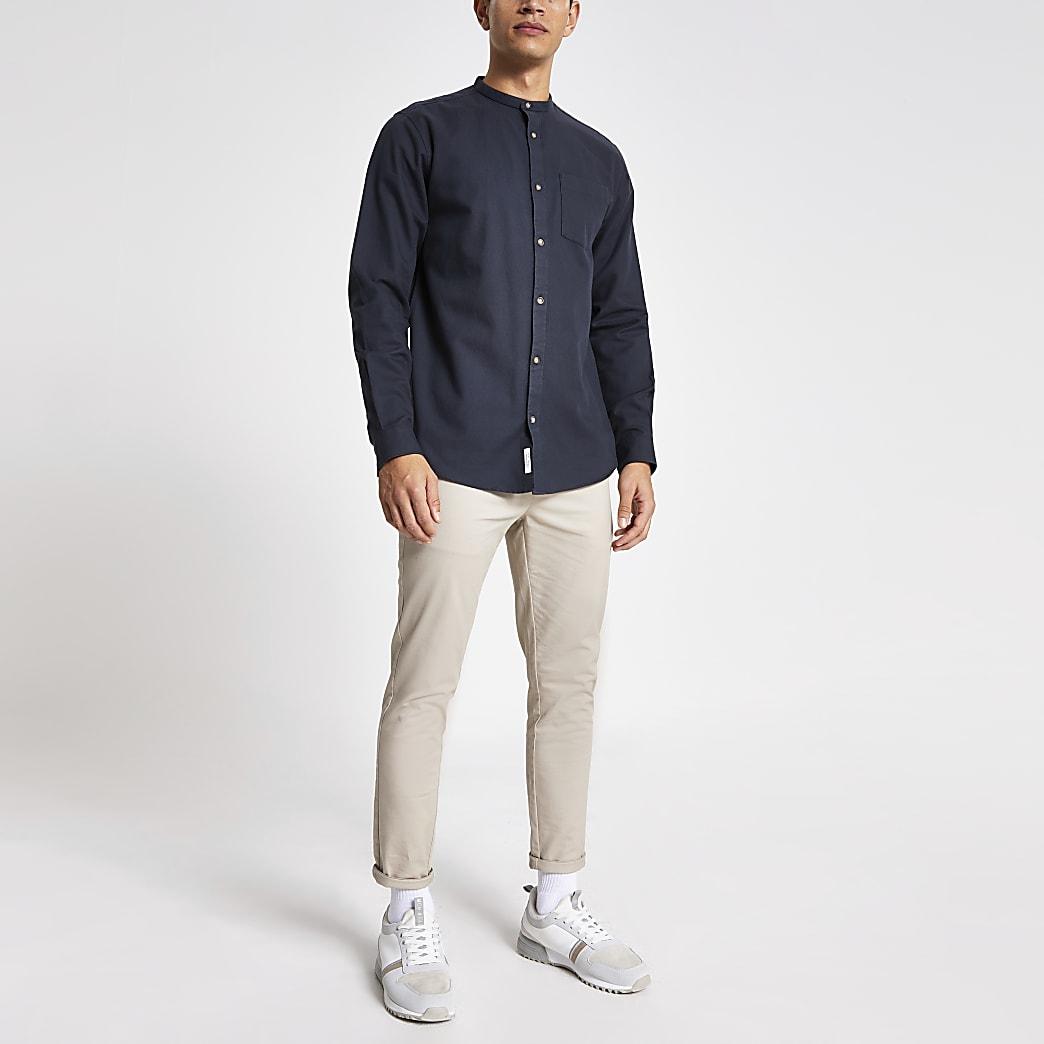 Dunkelgraues Regular Fit Hemd mit Grandad-Kragen