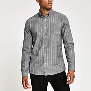 Graues, langärmeliges Hemd mit Nadelstreifen