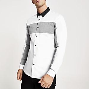 Wit slim-fit overhemd met kleurvlakken in zigzagprint