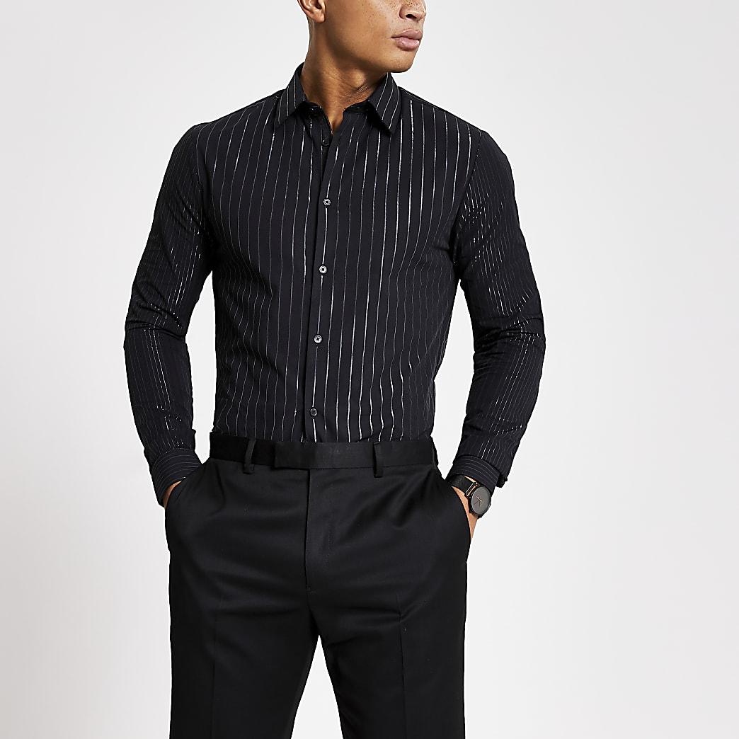 Zwart overhemd met lange mouwen en zilverkleurige strepen