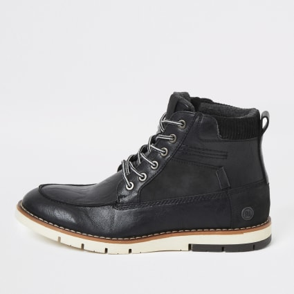 Black lace-up contrast sole boot