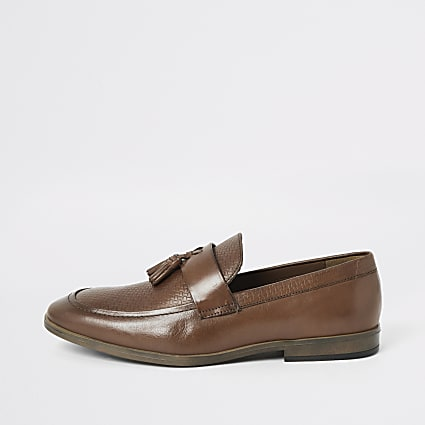 Brown leather tassel front textured loafers