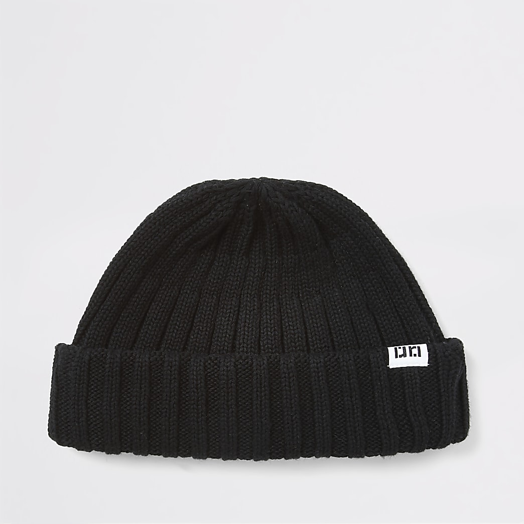 Black knitted RI beanie hat