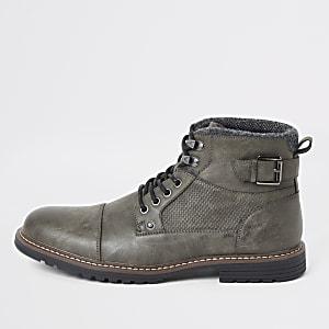 Donkergrijze veter laarzen met gesp en met brede pasvorm