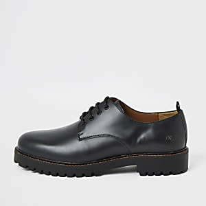 Zwarte leren derbyschoenen met stevige zool