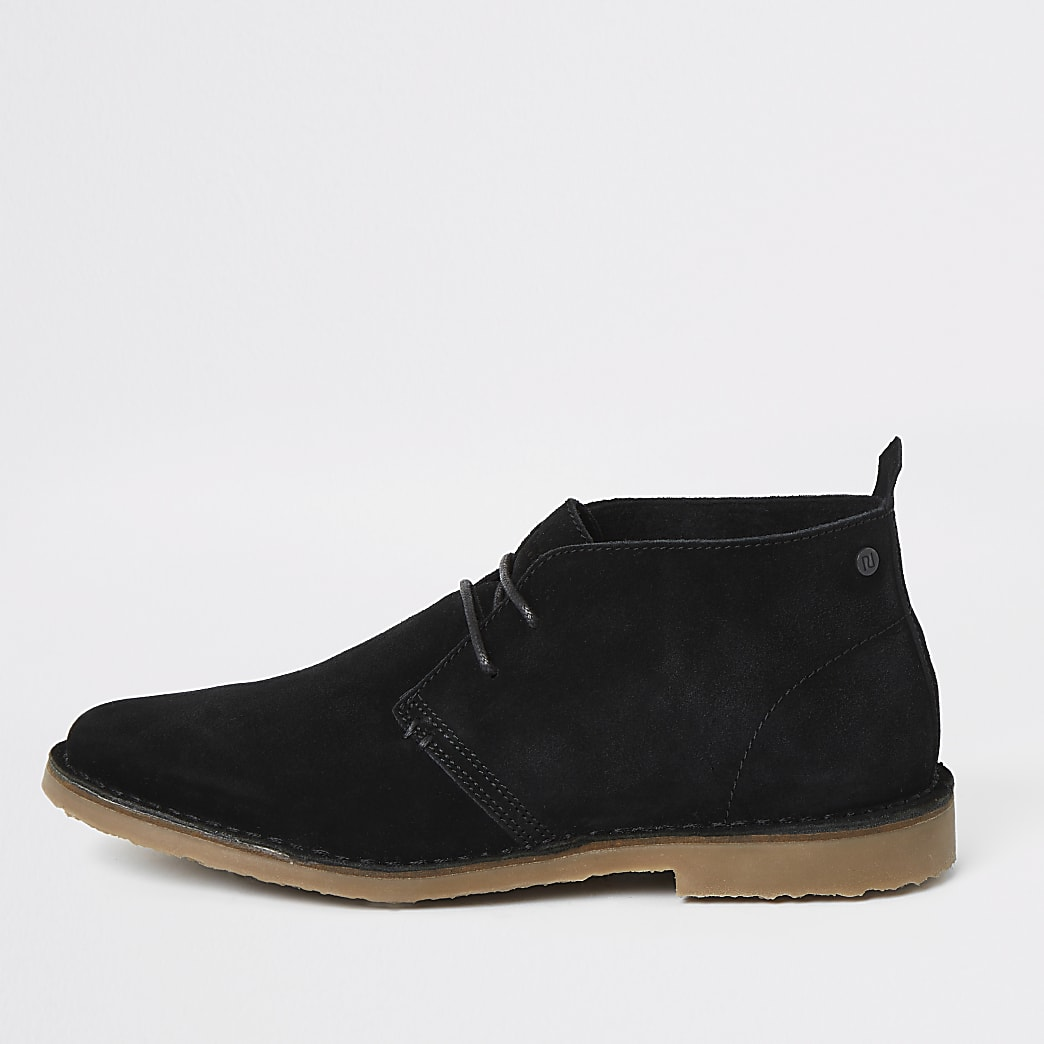 Zwarte desert boots van suède met brede pasvorm