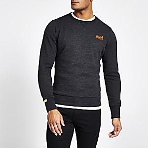 Superdry – Besticktes Sweatshirt in Schwarz