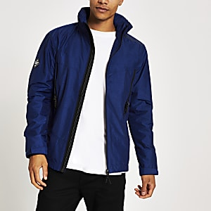 Superdry – Leichte Jacke in Blau
