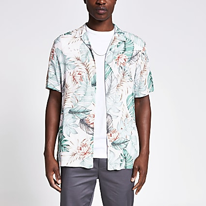 Light green floral regular fit shirt