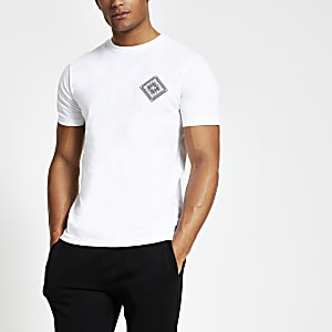White back print slim fit T-shirt