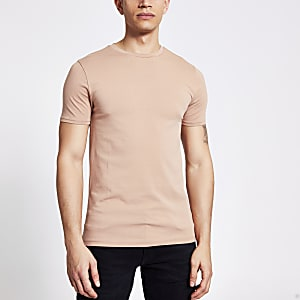 Kurzärmeliges Muscle Fit T-Shirt in Braun