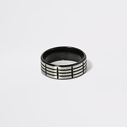 Black textured steel ring