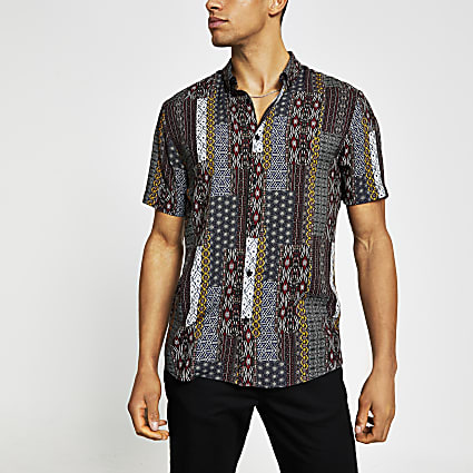 Navy printed slim fit short sleeve shirt