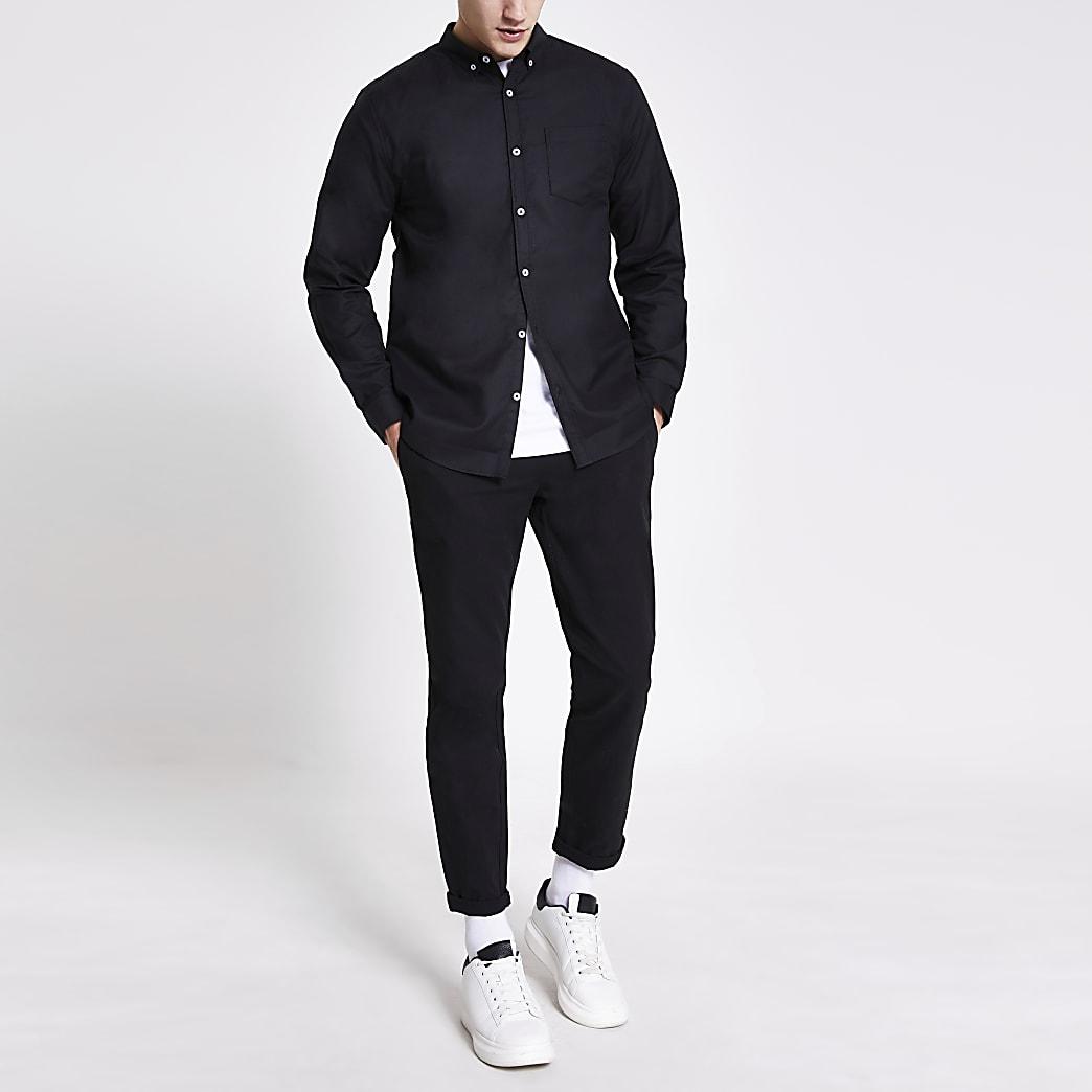 Langärmeliges Regular Fit Shirt in Schwarz