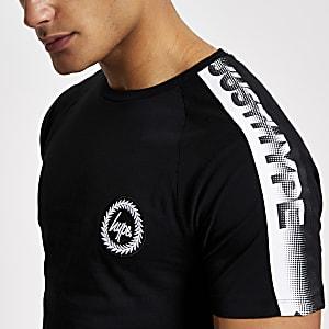 Hype – Kurzärmeliges T-Shirt mit Schriftband in Schwarz