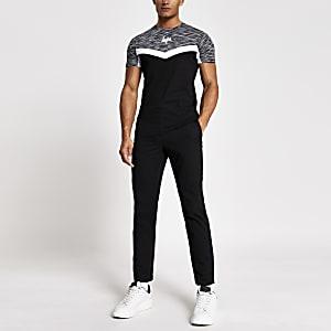 Hype -Zwart slim-fit T-shirt met kleurvlakken en zigzagprint