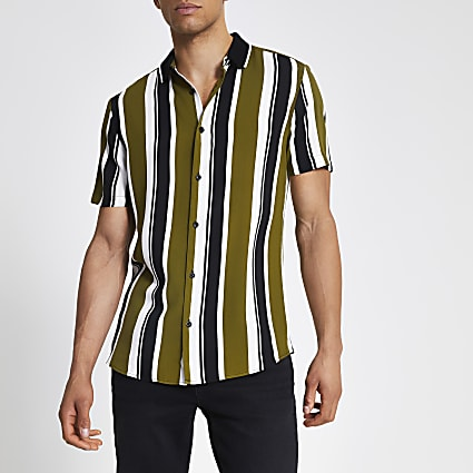 Green stripe short sleeve rib collar shirt