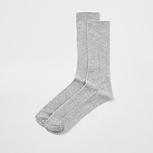 Chaussettes côtelées grises