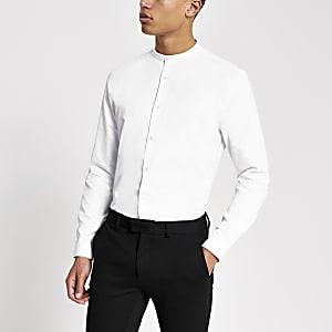 Weißes Slim Fit Hemd mit Grandad-Kragen und Struktur