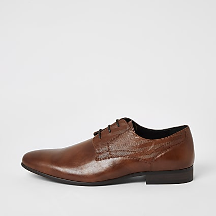 Brown embossed derby shoes