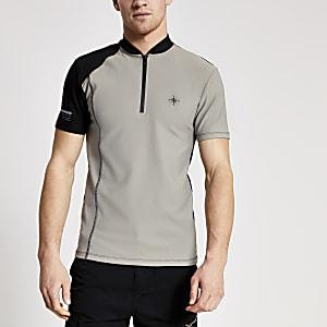 Concept – Steingraues T-Shirt mit kurzem Reißverschluss und Stehkragen