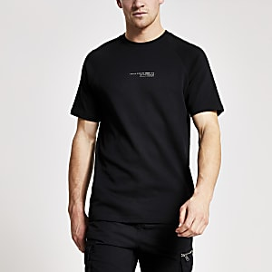 Concept – Slim Fit T-Shirt mit Brustprint in Weiß