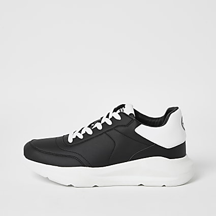 Black lace-up chunky runner trainers