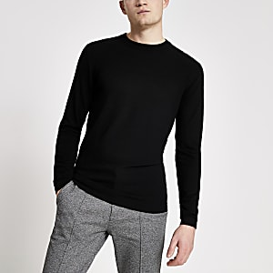 Langärmeliger Slim Fit Strickpullover in Schwarz