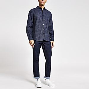 Marineblauw slim-fit overhemd met lange mouwen en textuur