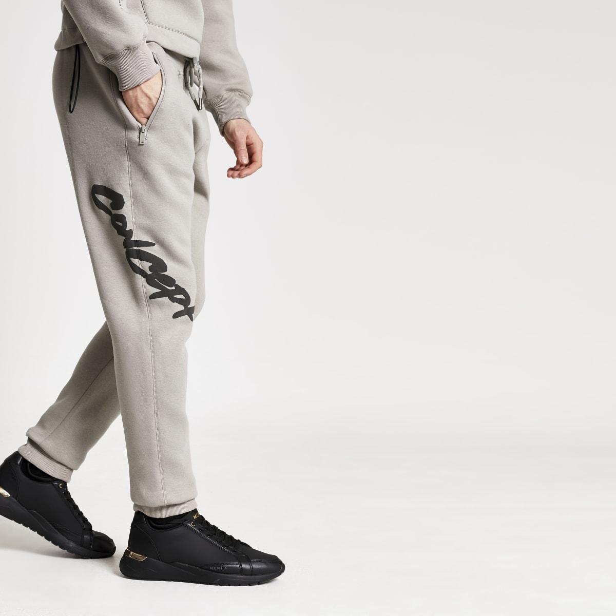 Concept - Kiezelkleurige regular-fit graffiti joggingbroek