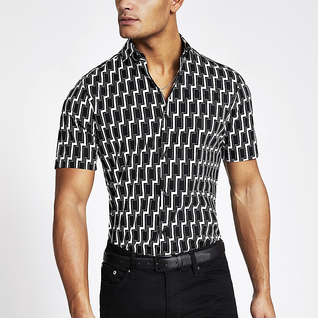 Zwart slim-fit overhemd met korte mouwen en geoprint
