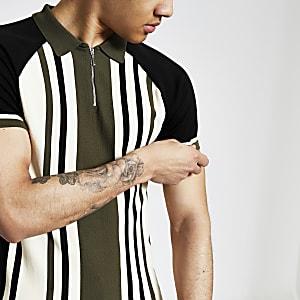 Grünes, gestreiftes Muscle Fit Strick-Poloshirt mit kurzem Reißverschluss