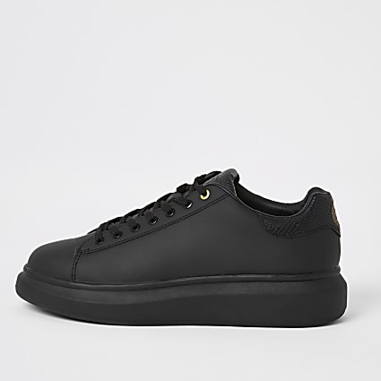 Black chunky cupsole trainers