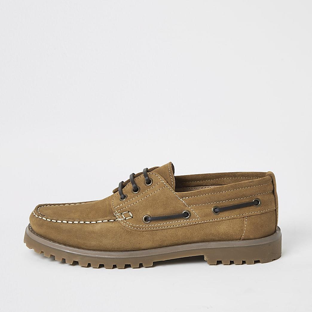 Chaussures bateau en daim marronà semelle épaisse