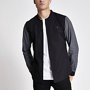 Zwart slim-fit overhemd met contrasterende mouwen