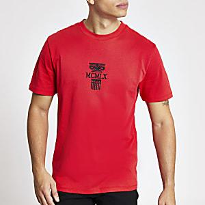 Rood T-shirt met standaard pasvorm en MCMLX-borduursel