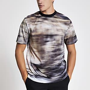 Kiezelkleurig T-shirt met print en standaard pasvorm