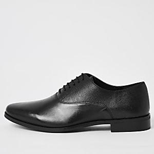 Schwarze Oxford Brogues aus Leder zum Schnüren