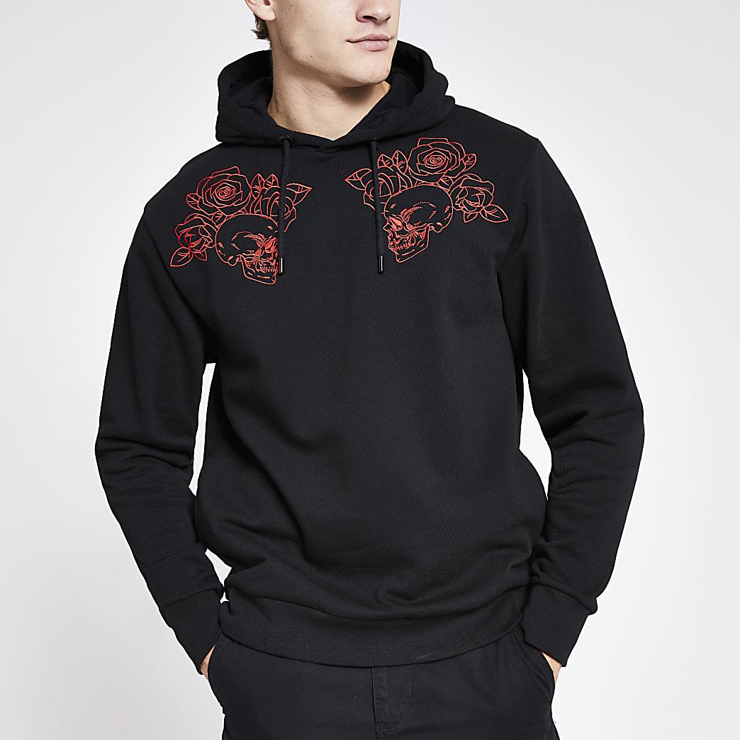 Zwarte hoodiemet doodshoofd borduursel en normale pasvorm