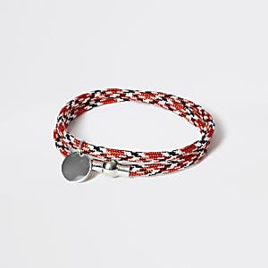 Rode wikkelarmband met touw