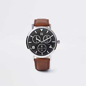 Net horloge met bruin bandje en zwarte wijzerplaat