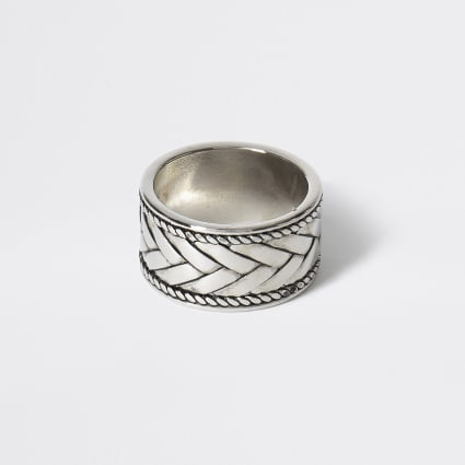 Silver colour engraved chunky ring