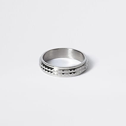 Silver colour textured ring