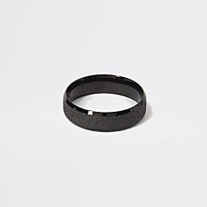 Bague texturée noire
