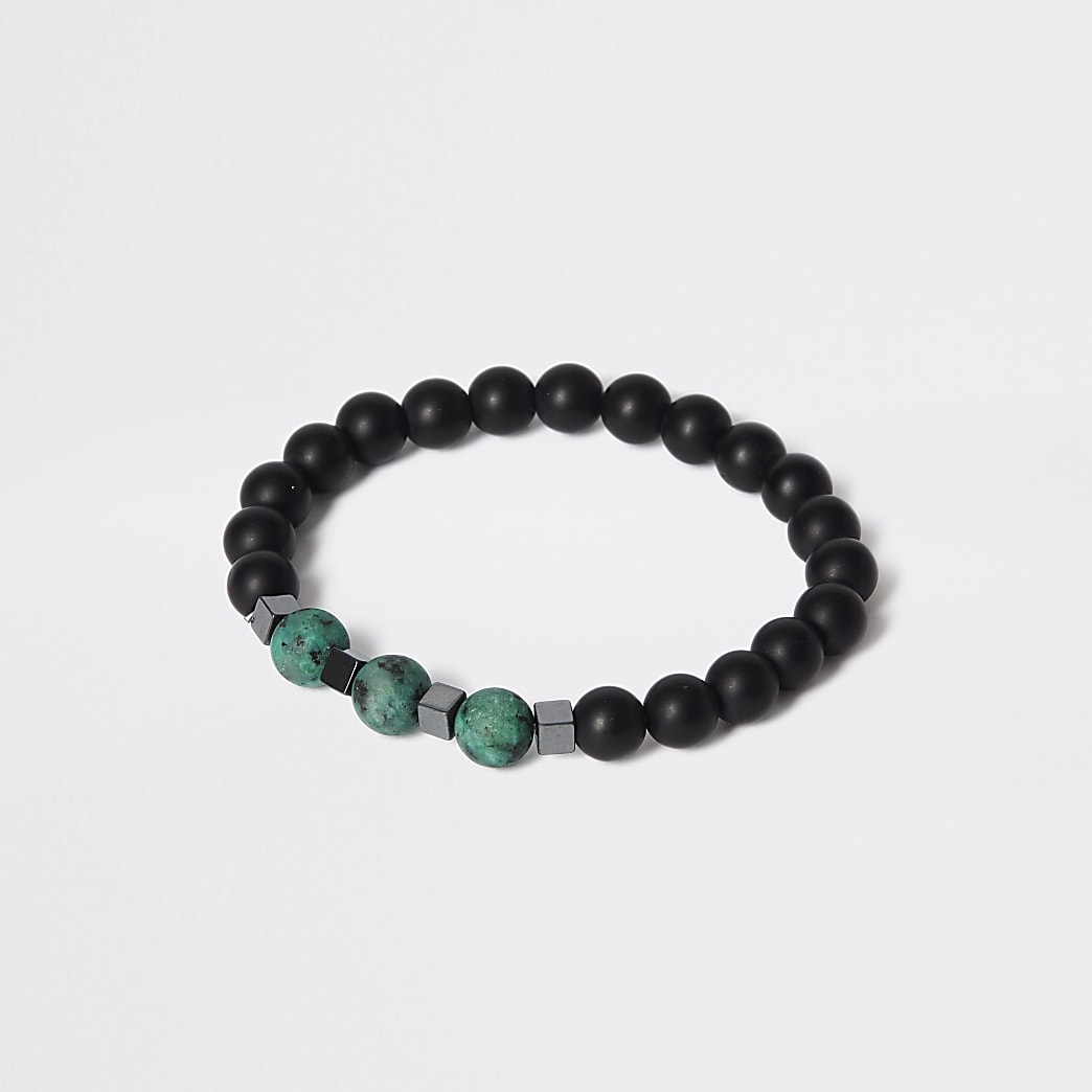 Green stone beaded bracelet