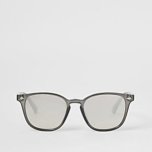 Grijze smalle wayfarer zonnebril