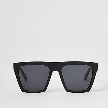 Black matte D frame sunglasses